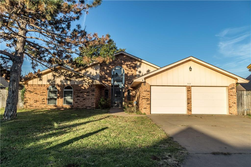 913 Lantern Lane, Weatherford, OK 73096