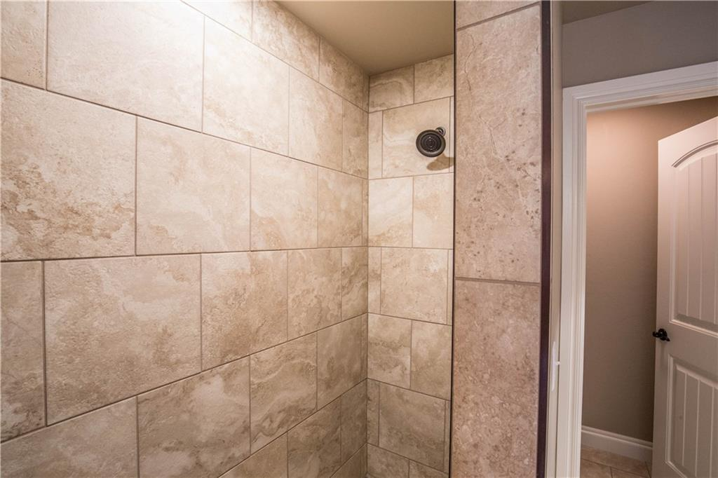Bathroom Sinks Edmond Ok 1325 kelley pointe parkway edmond oklahoma ok 73013   4 bed rooms