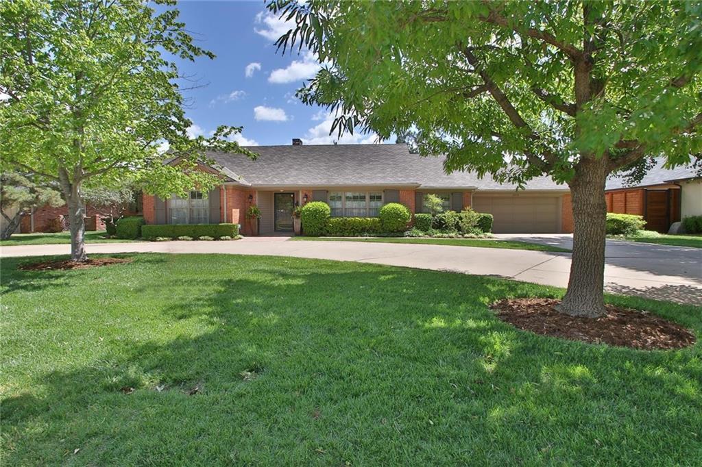 1610 DRAKESTONE Avenue, Nichols Hills, OK 73120