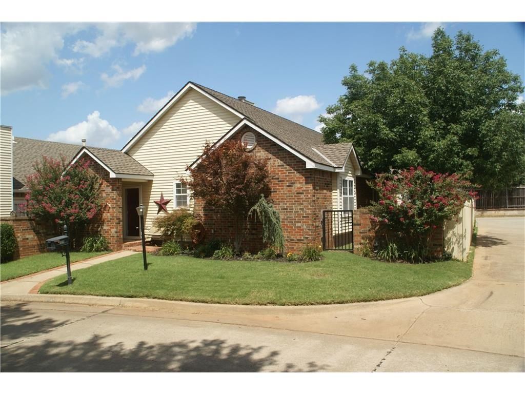 1316 E Timberview Drive, Midwest City, OK 73130