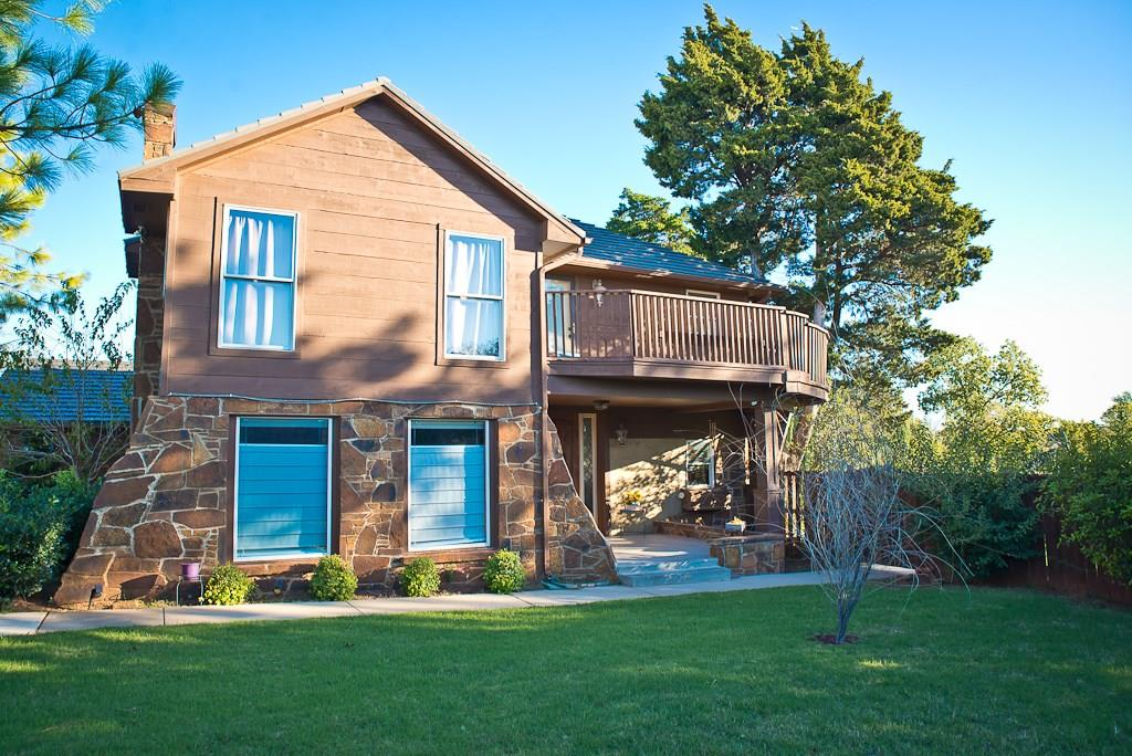 304 Evie Place, Moore, OK 73160