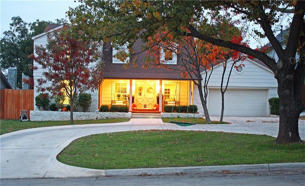 1324 Sherwood Lane, Nichols Hills, OK 73116