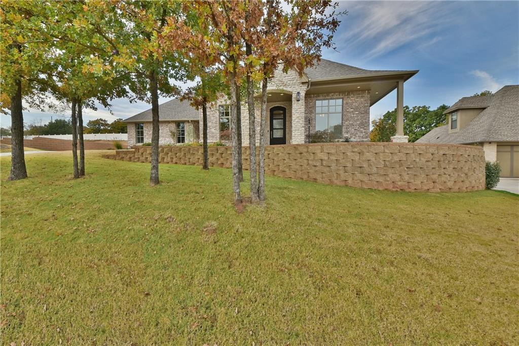 2801 Woodland Creek Drive, Edmond, OK 73034