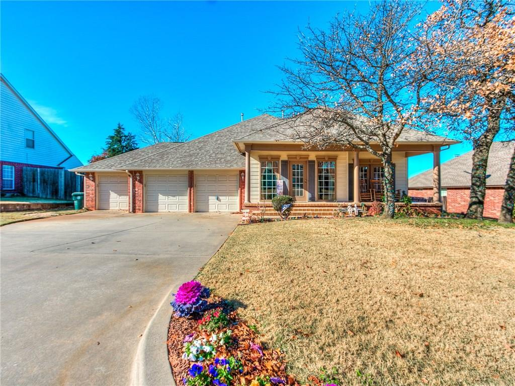 2043 Yorkshire Drive, Midwest City, OK 73130