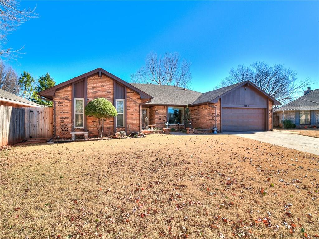 12008 Robinwood Place, Oklahoma City, OK 73120