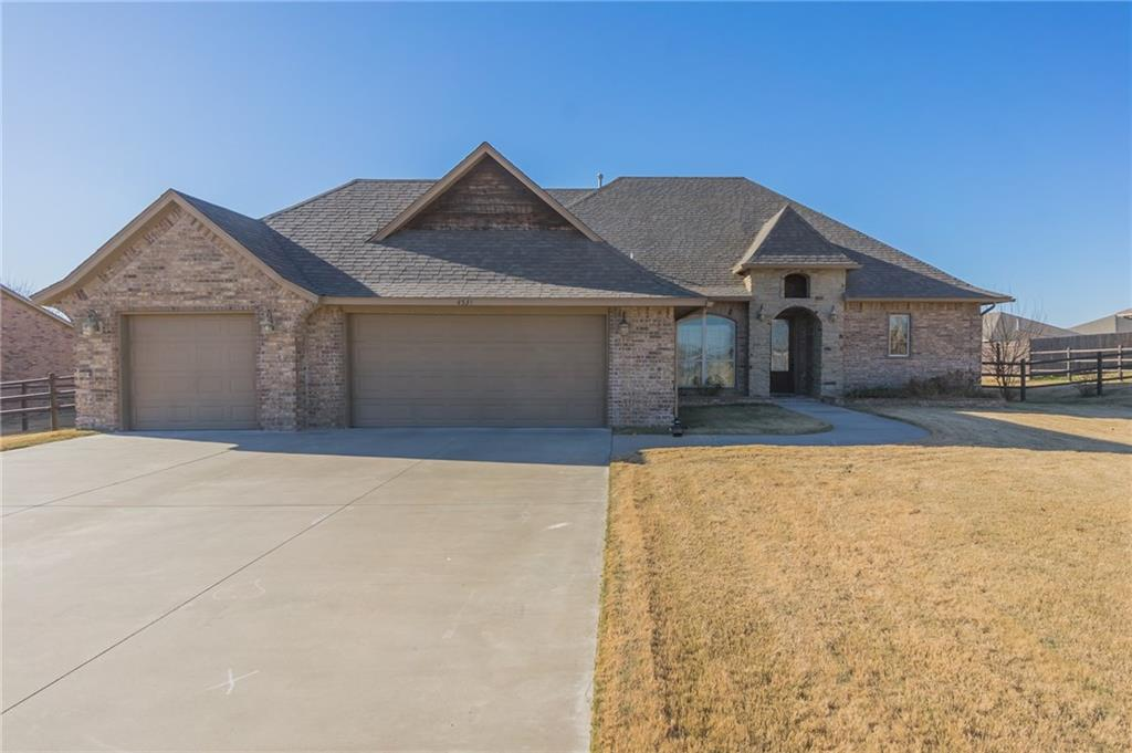 4531 Apple Estates Road, Moore, OK 73160