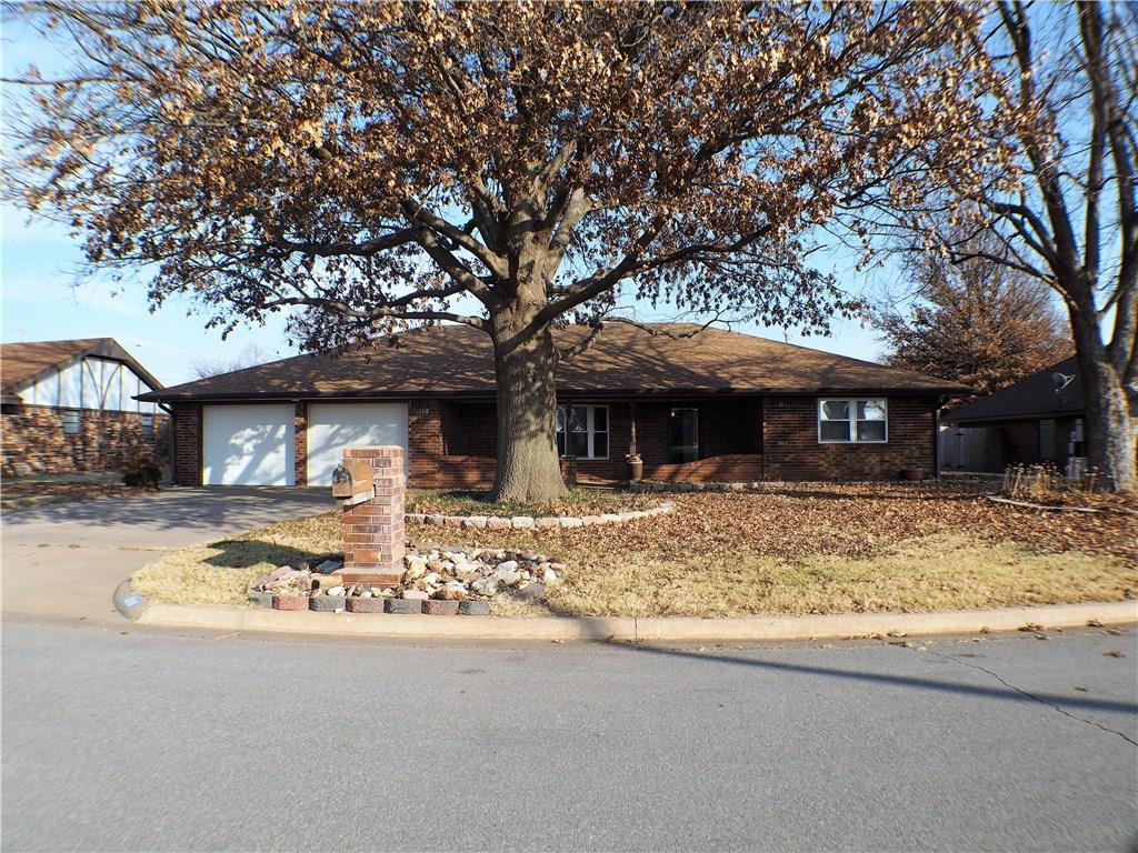 1318 Magnolia, Weatherford, OK 73096