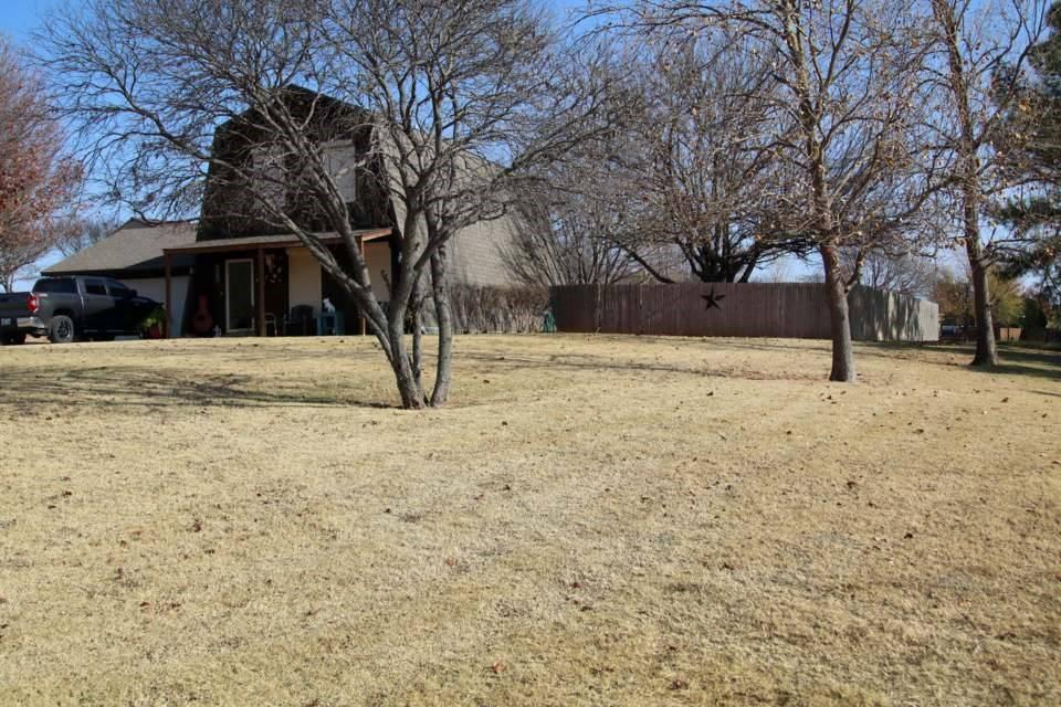 1012 N Scenic Ridge, Fort Cobb, OK 73038