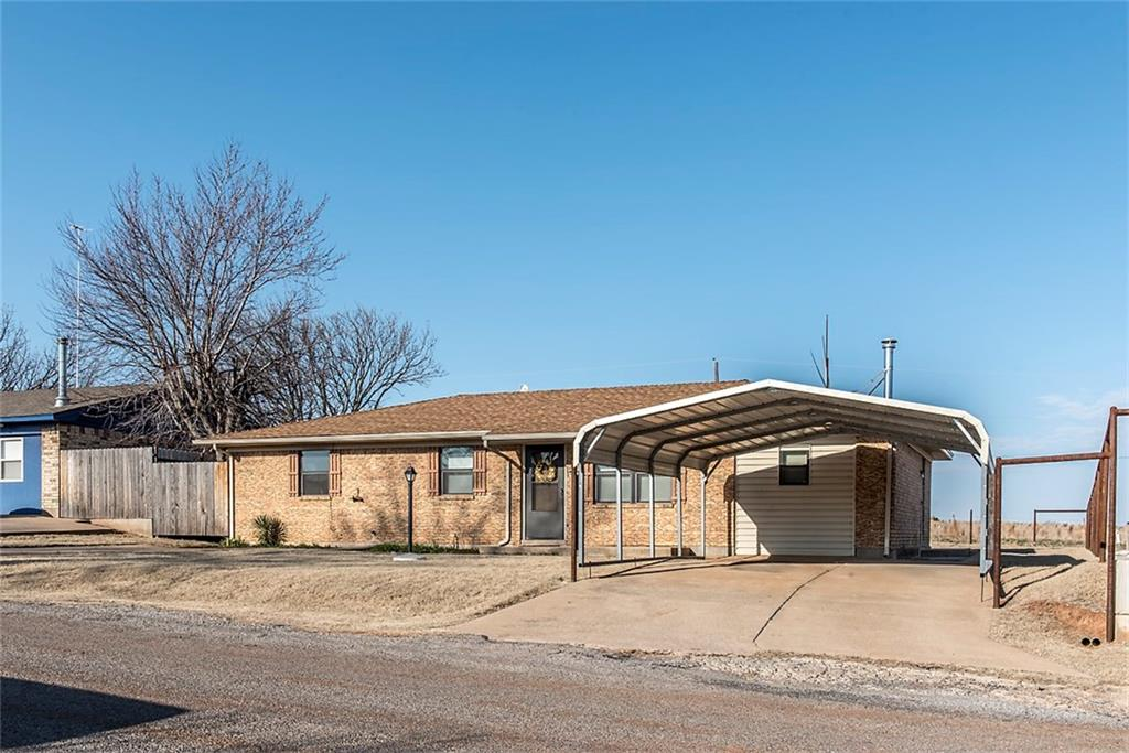 138 Bluestem Street, Weatherford, OK 73096