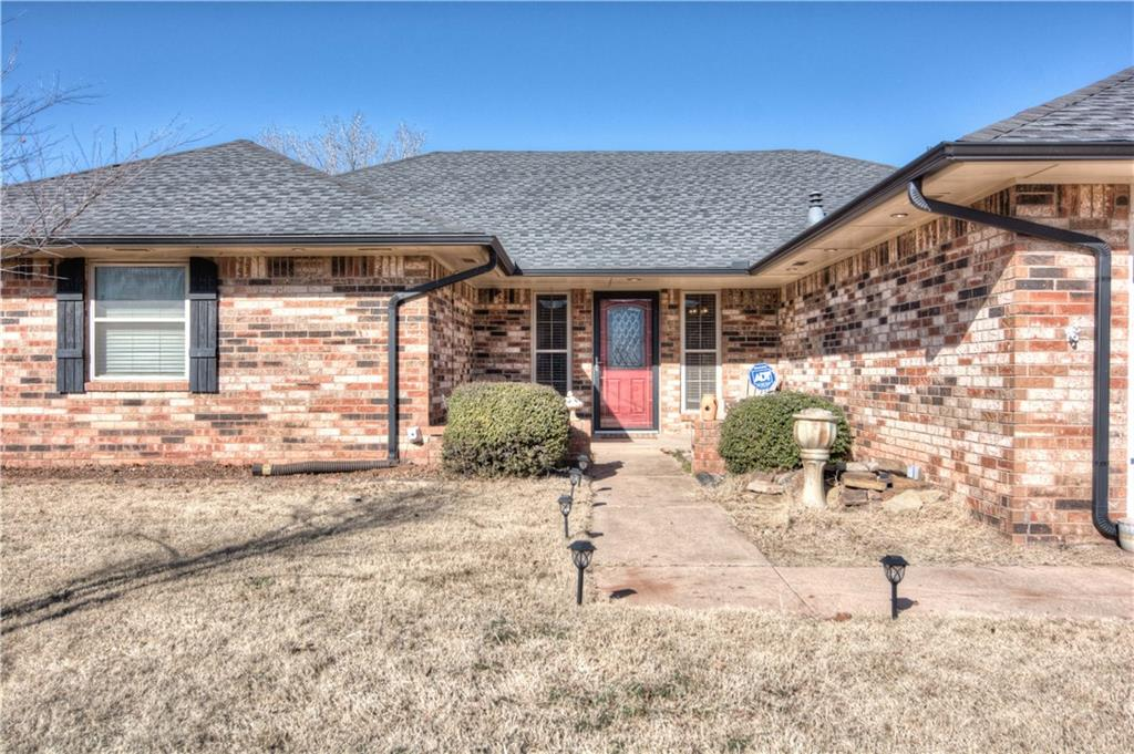1021 NE 19th Street, Moore, OK 73160