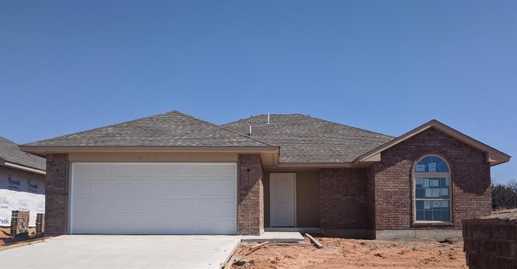 2413 Snapper Lane, Midwest City, OK 73130