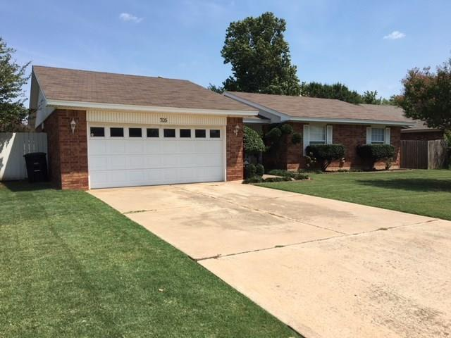 705 27th, Moore, OK 73160