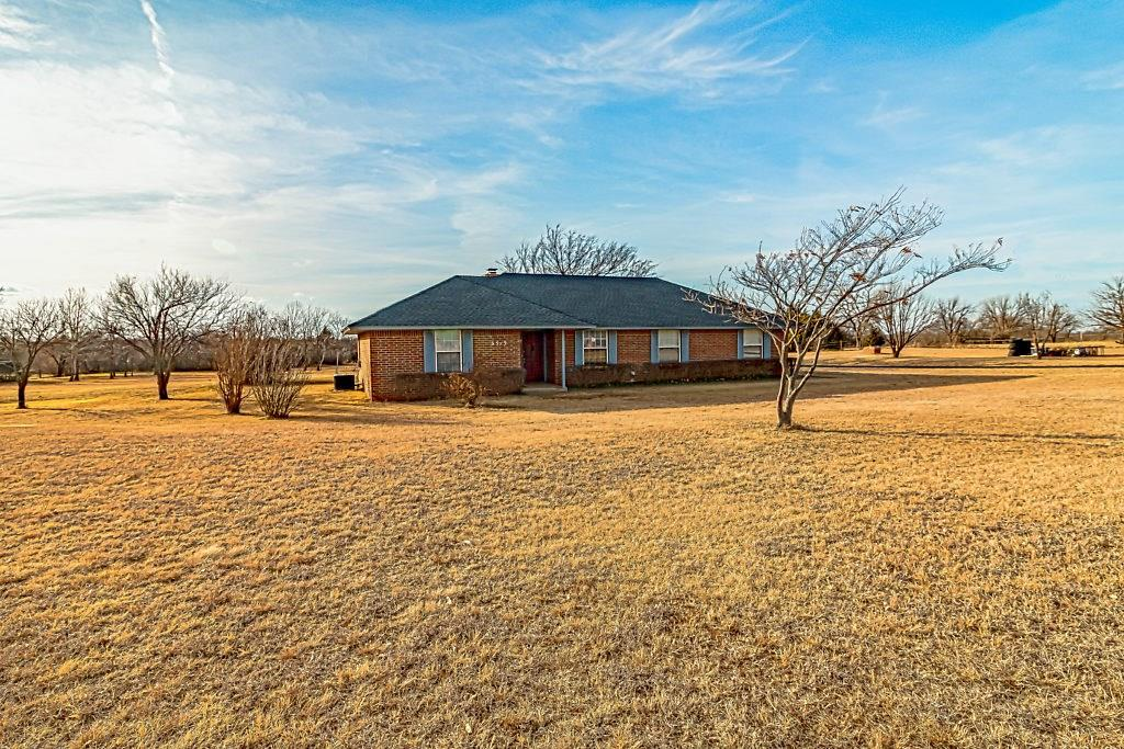 6513 Every Ave NW, Piedmont, OK 73078