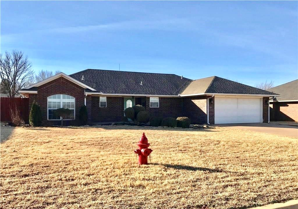 108 Calhoon, Elk City, OK 73644