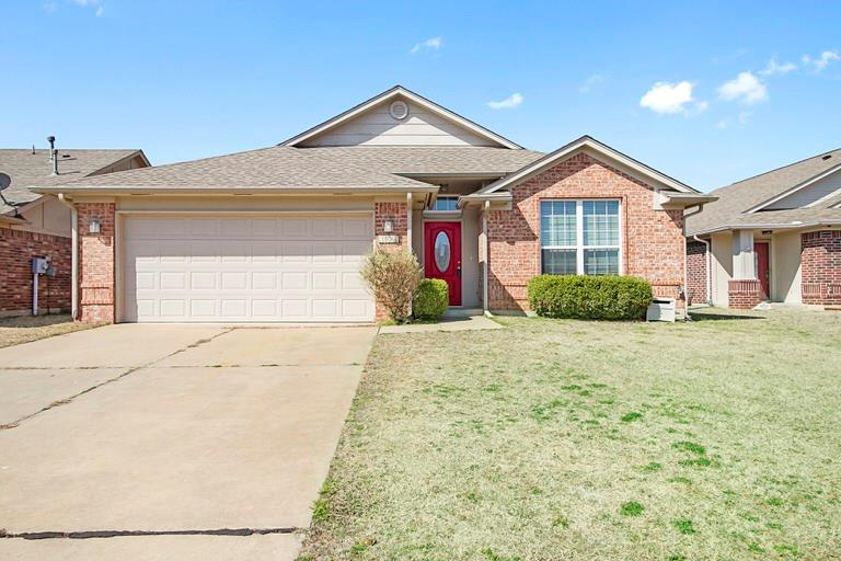 1924 Frost, Norman, OK 73071