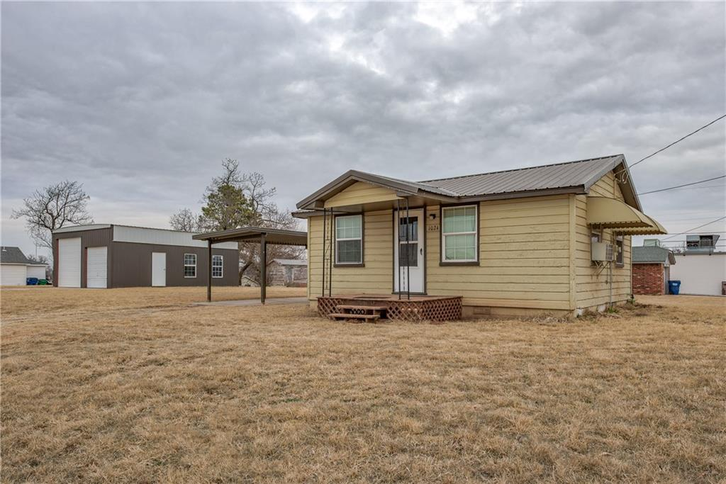 1024 S Snyder Drive, Mustang, OK 73064