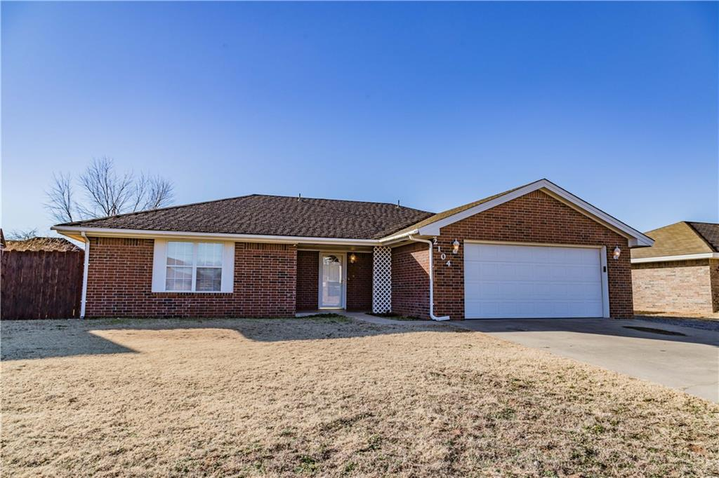 2104 Lynn Lane, Weatherford, OK 73096